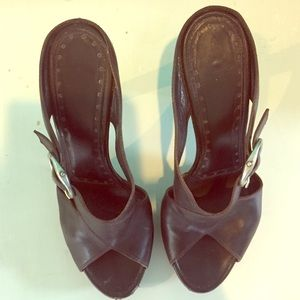 Ysl sandals in deep brown